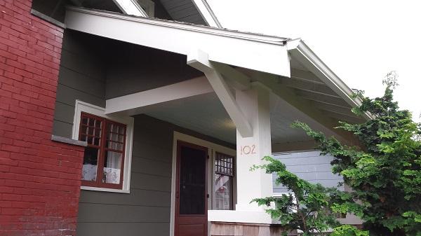 Bungalow front porch after paint